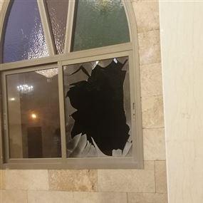 قنبلة تستهدف مسجداً في قضاء صور..