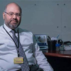 الأبيض يكشف عن قدرة مستشفى الحريري الاستيعابية