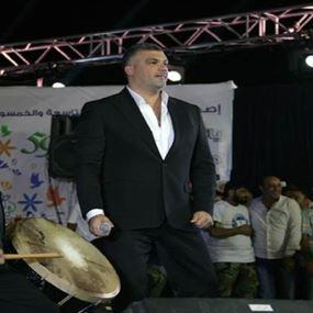 مغنون لبنانيون يعيدون النبض لحلم حافظ الاسد