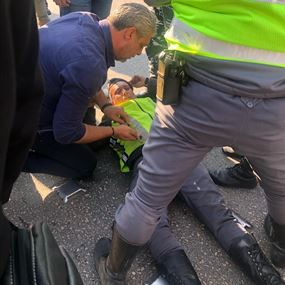 اصابة عنصر من قوى الأمن بحادث في جل الديب