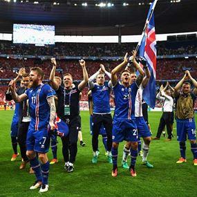 أسطورة الفايكنغ مستمرة.. آيسلندا إلى كأس العالم