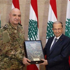 بالصورة: بزّة جديدة للجيش اللبناني من العماد عون الى الرئيس عون