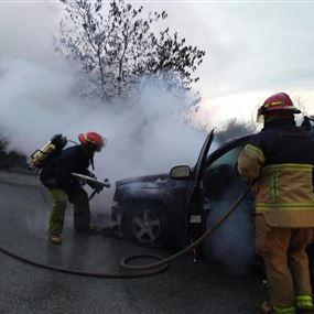 بالصور: حريق سيارة رباعية الدفع في ساحل علما
