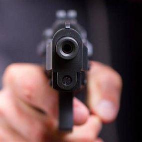 اصابة شاب بطلق ناري نتيجة خلاف على افضلية المرور