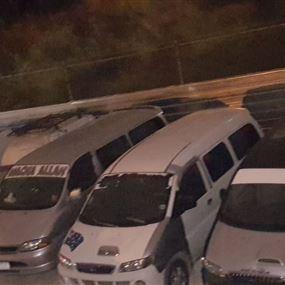 بالصور: قوى الأمن تحجز 20 فانًا للركاب في نطاق جونية