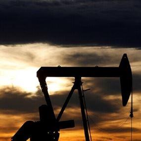 هبوط النفط متأثرا بمخاوف من موجة كورونا ثانية