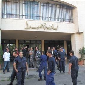 فرق الطوارئ في بلدية صيدا تستنفر