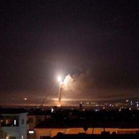 دفاعات الجوية السورية تسقط أجساماً مضيئة مصدرها إسرائيل