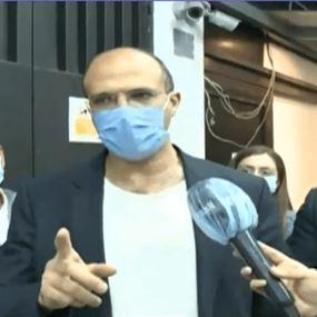 وزير الصحة دهم مستودعين للأدوية في الضبية والدكوانة