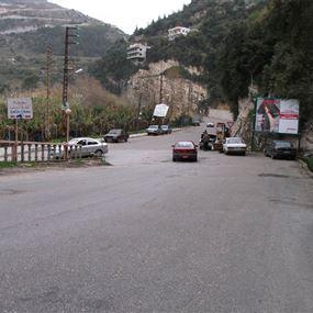 مطاردة وإطلاق نار.. ماذا يجري على طريق نهر ابراهيم - بزحل؟