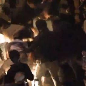 من هو المتظاهر الذي أحرق نفسه في رياض الصلح؟ (فيديو)