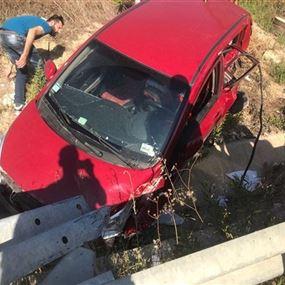قتيل وثلاثة جرحى في حادث سير