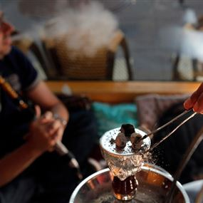 الدوافع النفسية لانتشار ظاهرة تدخين الشيشة