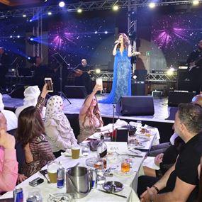 بالفيديو: نجوى كرم تفاجئ الحضور بالغناء باللهجة المصرية