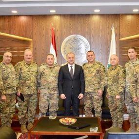 بو صعب وقع مراسيم ترقية 598 ضابطاً في الجيش