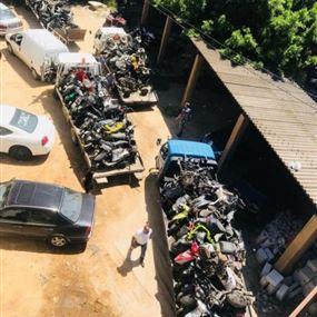 سرقوا 87 دراجة آلية غير مسجلة وخبأوها في 3 مستودعات!