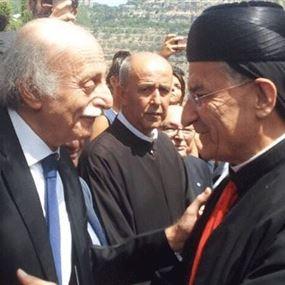 الكتائب والتيار والأحرار يستغربون تغييبهم عن ذكرى مصالحة الجبل