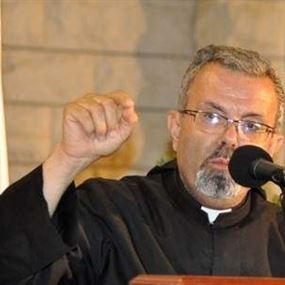 الأب بطرس عازار: يجب ان يكون للزواج المدني طائفة خاصة