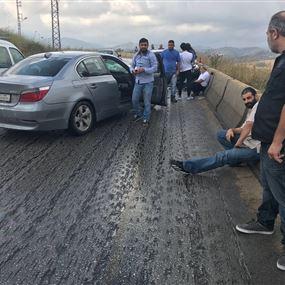 جرحى في حادث سير بسبب الامطار الغزيرة