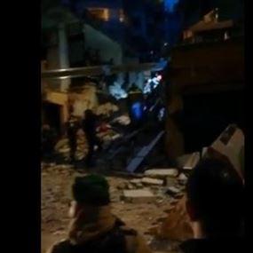 بالفيديو.. إنهيار طابقين من مبنى سكني في برج البراجنة