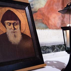 مار شربل يظهر على مسلم لبناني ويدلّه على كنز…