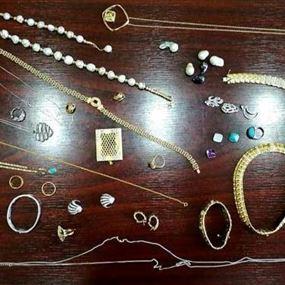 سرقت مجوهرات تفوق قيمتها ٤٠٠ الف دولار اميركي!
