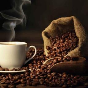 كيف يمكن تحلية القهوة بِلا سكر؟