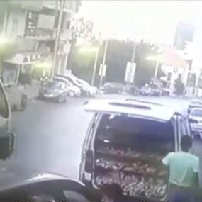 بالفيديو: سرق شاحنة الوودن بيكري في انطلياس!