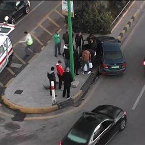 تصادم بين سيارتين عند تقاطع النادي العسكري
