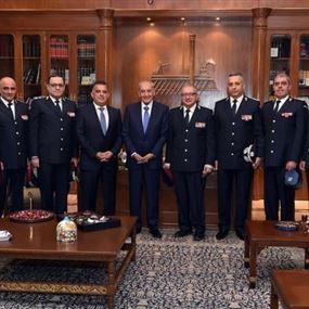 الرئيس بري ينوّه بقيادتي الأمن العام وأمن الدولة