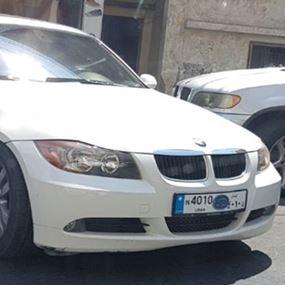 بالصورة: نائب لبناني بلوحة امامية مخالفة