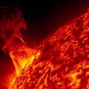 انفجار يهز الشمس للمرة الثانية خلال أسبوع